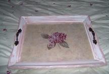 Frame trays