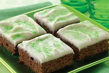 St. Patrick's Day Recipes / Dinner recipes, pies, breads and green treats to celebrate St. Patrick's Day with your family.  / by Land O'Lakes