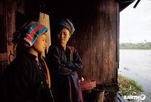 Myanmar / Il popolo birmano ha dato vita negli ultimi tempi ad una rivoluzione pacifica di portata storica. Un viaggio in Myanmar non solo consente di ammirare le realtà più sensibili al cambiamento, come Yangon e Mandalay, ma anche di apprezzare la serenità di luoghi che appaiono immuni da ogni modernità, come Bagan con la sua distesa di pagode antiche, il lago Inle ed il suo unico ecosistema, le grotte di Monywar simbolo della millenaria spiritualità buddhista.