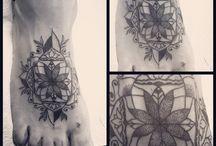 Red hut / Tattoo