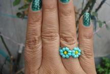 anillos y aretas
