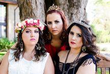 "Queens / ""Nunca saia de casa sem sua coroa imaginária"".   Editorial de moda plus size.  Plus Size Fashion photoshoot."