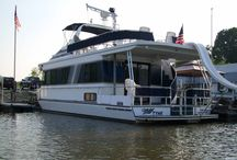 Fan Photos / Amazing from our Houseboating fans! / by Houseboat Magazine