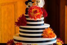 A Halloween-themed wedding! / Photos by Radley Muller www.radleymullerphotography.com