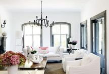 Sitting pretty / Living rooms, sitting rooms and chairs