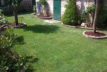 Creación de jardines / Jardines diseñados y creados desde cero, tomando como punto de partida el estilo y gusto del cliente y aportando tanto nuestra experiencia como el duro trabajo.