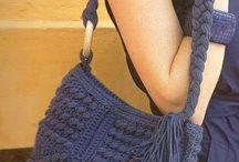 Horgolt és kötött táskák