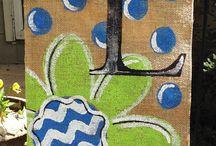 Burlap Painting / by Dena Box Cutler