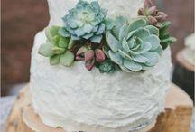 Emerald Green Wedding Inspiration   twobirds Bridesmaid / Emerald green wedding inspiration from twobirds