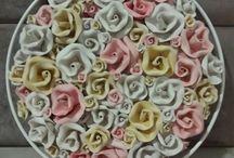 Arte com rosas / Rosas de cerâmica