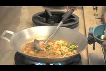 HOW TO MAKE THAI VEGETABLE HOT AND SOUR SOUP