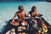 Travel duo
