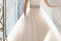 Say Yes 2 the dress! / My dream wedding dresses! If they would actually look good on me, well that's smth. else entirely!