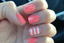 Geometric/ stripe nails art