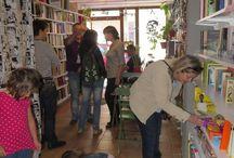 PERROS Y LETRAS / Para que los niños aprendan a leer con perritos, en la librería EL TROTAJUEVES. #el trotajueves #eltrotajueves