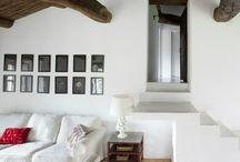 Начнем с потолка / Этот дом в испанской провинции Галиция пленил нас по разным прчиинам: своей простотой, отреченностью с нотками дизайна, своим светом, своей яркостью и своим потолком…