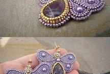 seed bead embroidery
