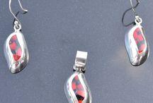 Hanger en oorbellen / Mooie hangers en oorbellen van zilver met lapis lazuli, onyx, spondylus. Gratis verzending in NL
