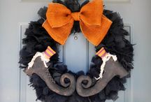 Fun Wreaths!!!! / by Whitney Lindt