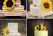 Hochzeit Inspiration: Gelb / Die Farbe Gelb steht für die Sonne, Licht und Leben und ist damit eine hervorragend Farbe für eine Sommerhochzeit. Hier findet Ihr ein paar Inspiriationen, wie sich die Farbe Gelb zur Hochzeit kombinieren lässt.