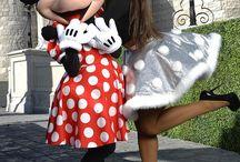 Ariana Grande a disney land
