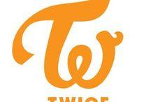 TWICE (트와이스)