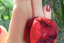 FLOWER RINGS   by Luciana Torre / on sale at my SHOP:  http://it.dawanda.com/shop/ceramica-accessori-dipinti-Luciana-Torre