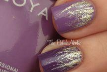 Fine nails / Nails