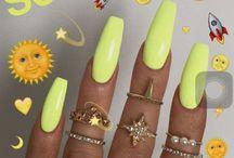 Vic nails