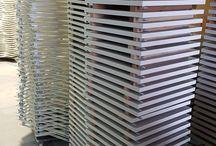 Alçıpan Müdahale Kapağı / Alçıpan Müdahale Kapağı kullanım alanları; Alçıpan müdahale kapağı, ihtiyaç halinde müdahale edebilecek yerlere takılır. Mesela, banyolarda, yemekhanede, salonlarda yada herhangi bir odada tavan içerisindeki istenilen tesisat bölgesine ulaşmak için asma tavan ve bölme duvar için uygun noktalara konulabilir. #revizyonkapağı #alçıpankapak #alçıpanmüdahale kapağı #müdahalekapağı