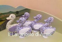 Sacchetti lavanda artigianali e fatti a mano da IL LAVANDETO DI ASSISI / Sacchetti lavanda per bomboniere, articoli da regalo, per  profumare i cassetti e la casa, realizzati in Italia in modo artigianale e fatti a mano da IL LAVANDETO DI ASSISI Vivaio piante e campi di lavanda