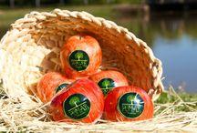 Produtos - Linha Pomar Mar&Mel / A Linha Pomar Mar e Mel é composta por sabonetes em formato de frutas. Originais, autênticos, exclusivos e pintados a mão, são os queridinhos!   sabonete, sabonetes, sabonete artesanal, sabonete antialérgico, sabonete de fruta, sabonete pintado a mão, soapdesigner, lovesoap, handmadsoap