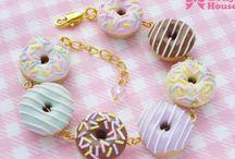 dulces y galletitas modeladas en porcelana