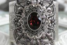 goth jewellery