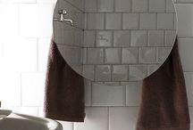 Mirror collection   towel warmers and accessories / forme essenziali arricchite dalla funzionalità dello specchio. essential shapes enriched by the mirror functionality.