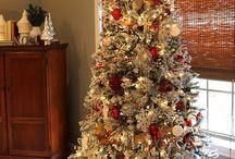 flocked christmas tree ideas