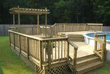 Deck runt pool