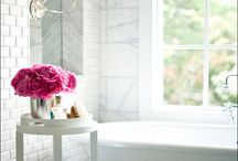 Inspiration: New Bathrooms / by Joyce Duncan