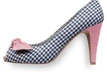 Schuhe / by Nicole L.