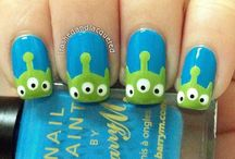 Nail Art / Nail art designs that I'm loving/inspire me :) / by Briony Jae