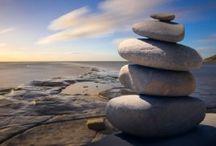 Spiritualite / Tableau sur la spiritualité et les articles permettant un mieux-être dans sa quête de développement personnel. Des rites séculaires jusqu'à aujourd'hui.