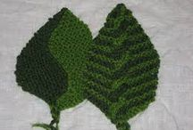 Knitted leaves & Flowers