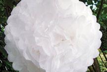 5 pompoms  en soie decoration salle mariage anniversaire
