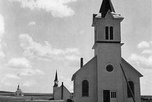 Church / Old churches, cool churches, some we've even seen. †