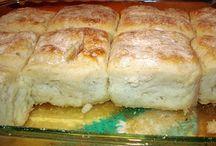 Biscuits & rolls / by Melissa Elliott