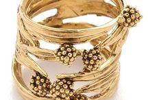 JEWELS // BIJOUX / Beautiful golden or silver jewels: rings, necklaces, pendants, earrings, bracelets ... // Beaux bijoux en or ou en argent : bagues, colliers, pendentifs, boucles d'oreilles, bracelets ...