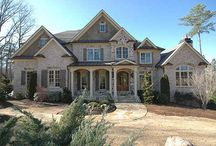 Beautiful Homes / by Sonya Broton