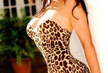 Girls Leopard Robe