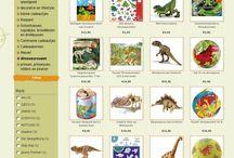 Dinosaurussen! / Dinosaurussen, wat een te gek thema voor het leukste speelgoed. Maar ook ene te gekke helm, mooie stempels en stickers...