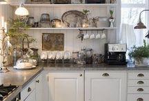 Køkken - Landagtigt / Selve rummet bagved må gerne være som en lille lejlighed